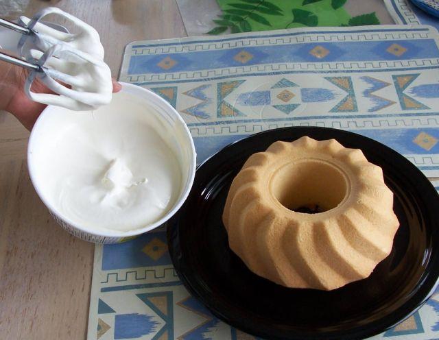 胡奶奶美味甜點 28-3打成固體鮮奶油泡狀